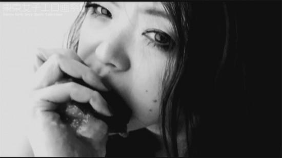 小田島さよ『女は女である』